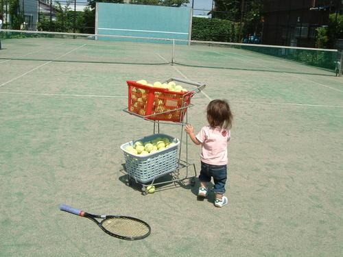 リーフテニスコートにて
